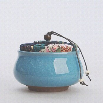 Tea caddy - cracked ice - sky blue